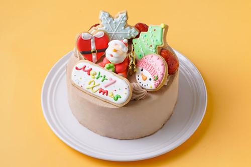 クリスマスケーキ2020 アイシングデコレーション 生チョコ苺デコ 5号 15㎝<br>【数量限定】完売の際はご了承ください