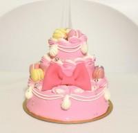 豪華3段ケーキ ピンク+マカロン 4号 12cm (高さがあるので3〜4人前)