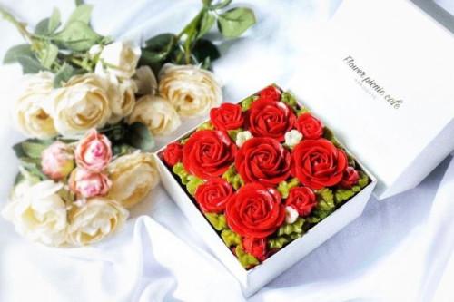 『食べられるお花のケーキ』【Shining Red】Anniversaryボックスフラワーケーキ