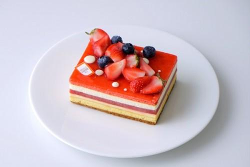 フロマージュルイーズ 12cm ~パリの名店が贈る 苺×チーズのマリアージュ~