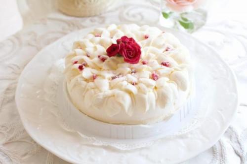 冷凍生ケーキ レアチーズケーキ「ホワイトローズ」