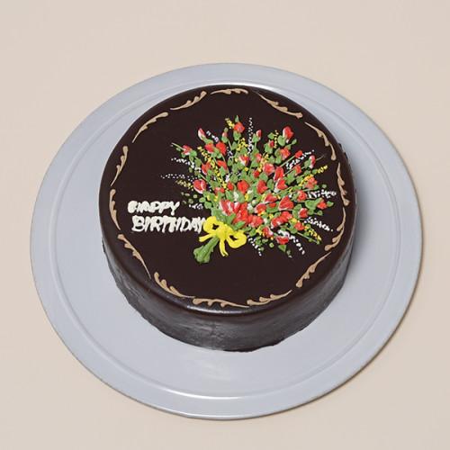 花束のチョコレートクリームデコレーション 5号 15cm
