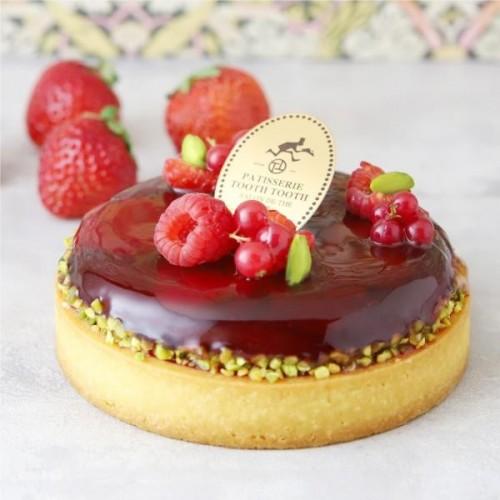 ~お店の味をそのままに。PATISSERIE TOOTH TOOTHのお取り寄せケーキ~福岡県産あまおうのタルト 4号 12cm