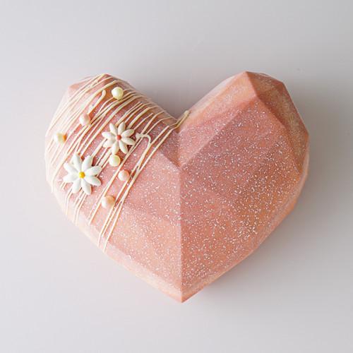 【ジャパンケーキショー東京 優勝 向井 聡美氏 監修】Jewelry Heart Mousse ~Coral pink~