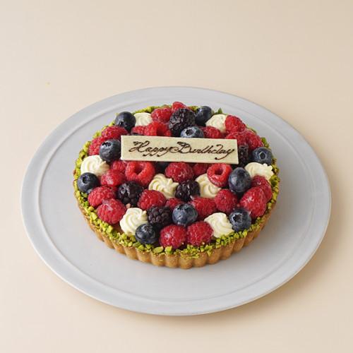 【SALON BAKE & TEA】完熟ベリーの「タルト オ フリュイ ルージュ」
