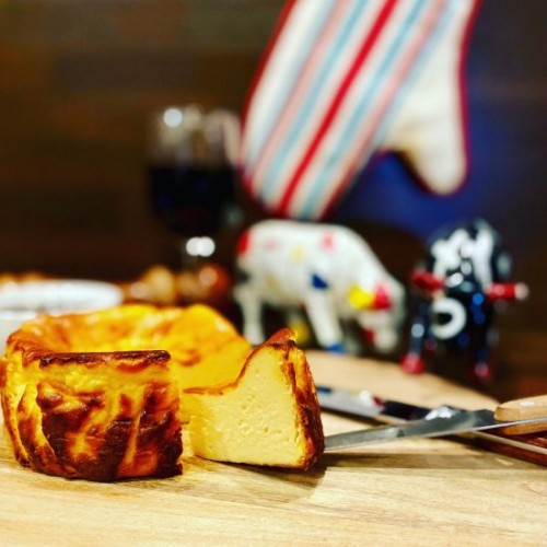 【当店一番人気】バスクチーズケーキ SAN MiDO メディアナ(直径約12センチ)