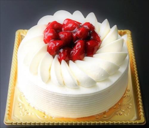 モンテローザ 苺ホワイトデコレーションケーキ 5号