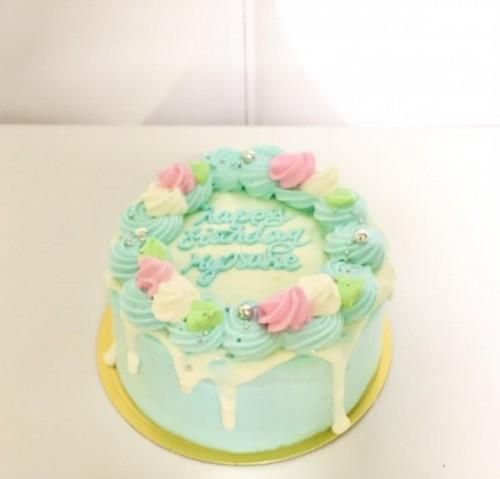 センイルケーキ(韓国ケーキ) お花×ドリップ×水色(スカイブルー) 4号