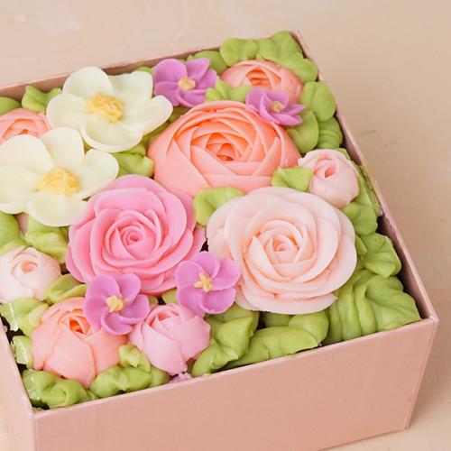 『食べられるお花のケーキ』 【Peach Pink】ボックスフラワーケーキ