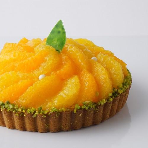 【SALON BAKE & TEA】爽やかなみずみずしさ「タルト ア ラ オランジュ」