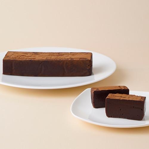濃厚テリーヌショコラ 3種のチョコレートの味