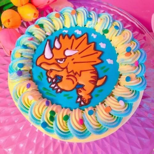 希望カスタム!トリケラトプスケーキ 恐竜ケーキ 5号