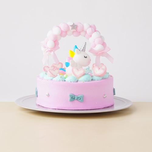ぽんぽんリースの【ユニコーン】ケーキ
