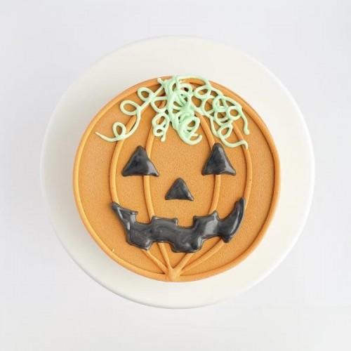 【ハロウィンケーキ2021】かぼちゃのおばけケーキ〜チョコレートムースケーキ 5号