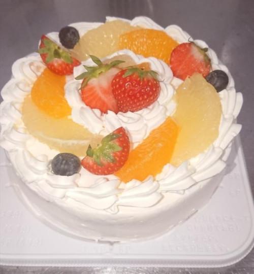 季節のフルーツのデコレーションケーキ 5号 15cm