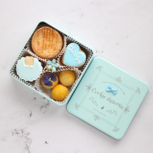 【男の子/ 出産祝い・内祝いクッキー缶】アイシングクッキー・焼き菓子詰め合わせ