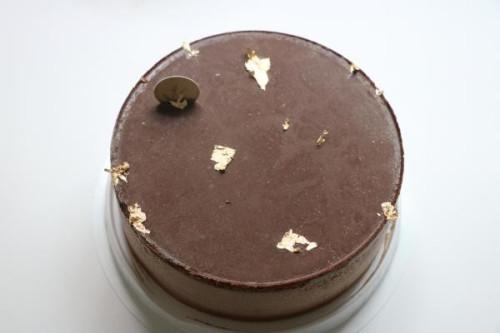 卵・乳製品・小麦粉除去 デコレーションセット付き ムースショコラ 5号 15cm